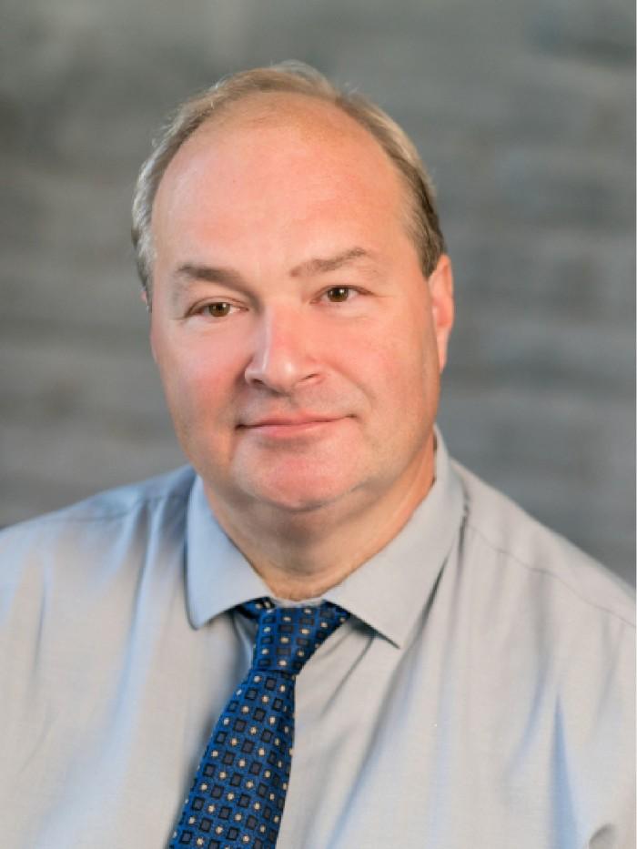 Dr. Harnos László PhD