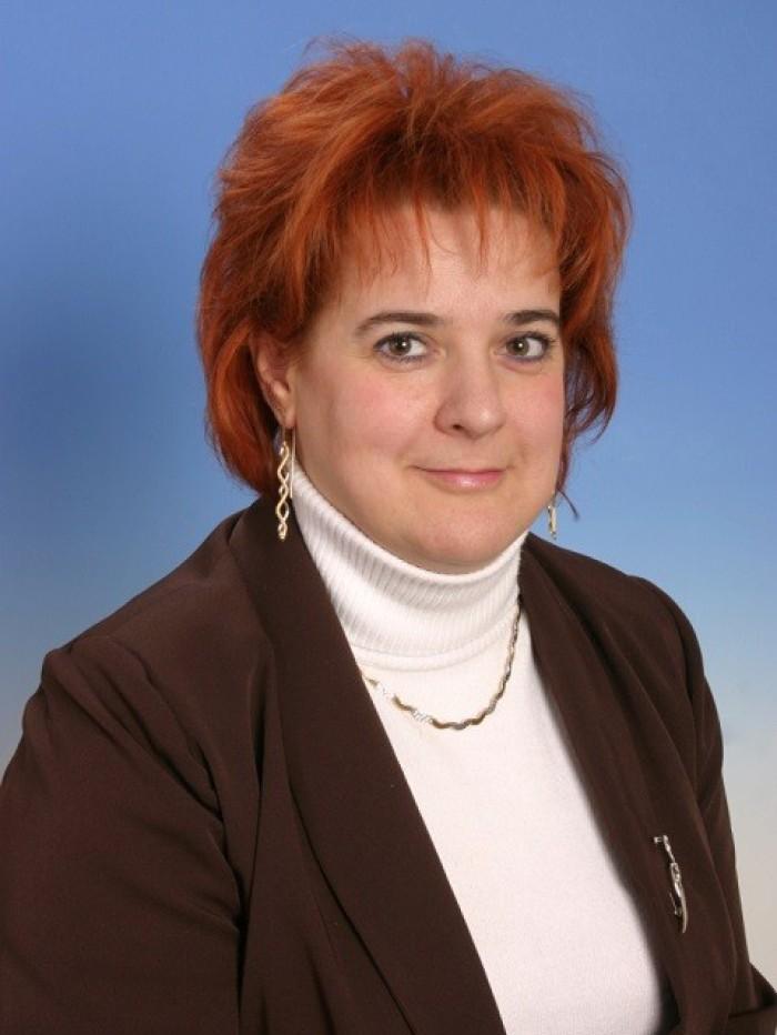 Rajcsányiné Dr. Gróf Gabriella