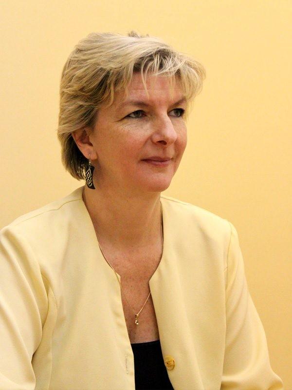 Dr. Radics Zsuzsanna